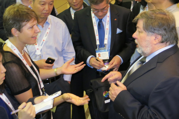 Kathrine Heiberg talks to Steve Wozniac about iPhone and indoor positioning at the ICSC in Shanghai